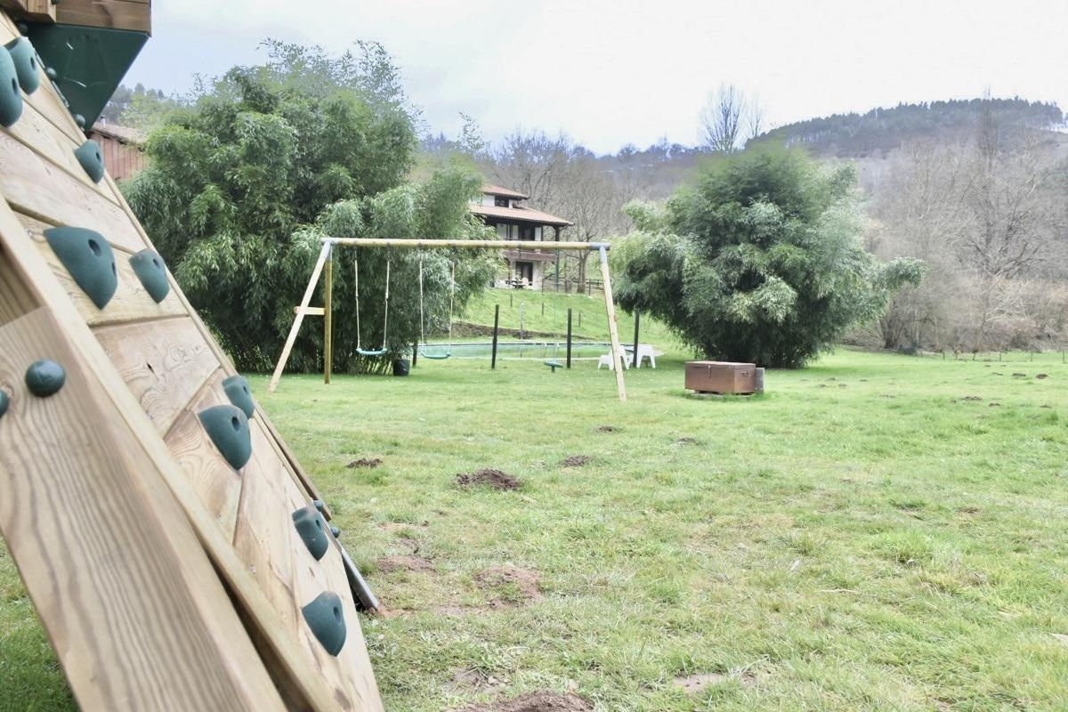 Actividades Para Niños El Solaz De Los Cerezos Casas Y Apartamentos Rurales Cantabria